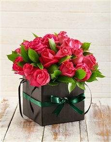 Cerise Roses in a Box_R349.95_Netflorist