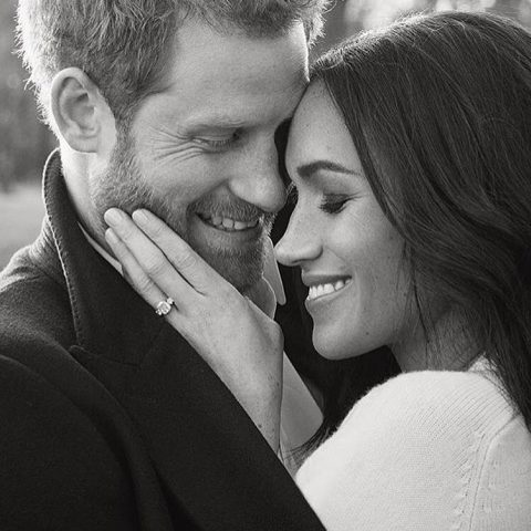 Megan Markle And Prince Harry Royal Wedding Hours Away!
