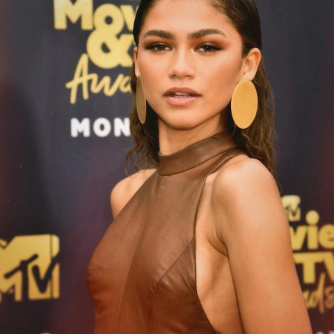 Zendaya To Collaborate and Co-Design With Tommy Hilfiger For 2019 Spring Collection