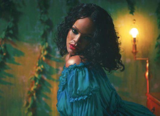 Nail Rihanna's Wild Thoughts Music Video Make Up Look