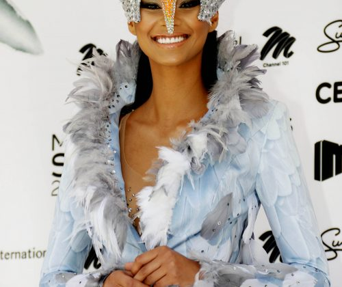 Tamaryn_Green_in_national_costume_closer_up.