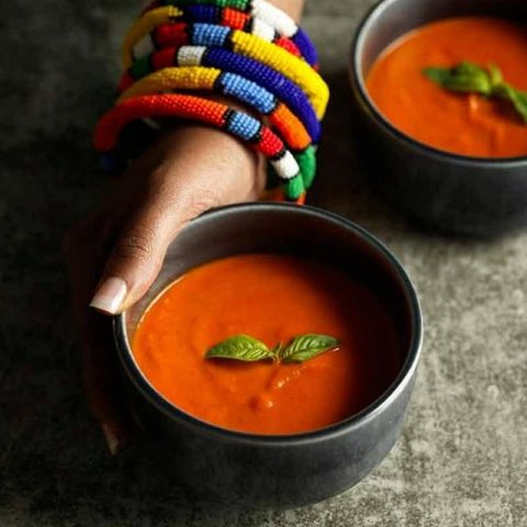 Roasted Red Pepper Soup To Warm You Up This Weekend