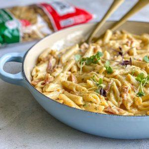 Creamy bacon Carbonara pasta
