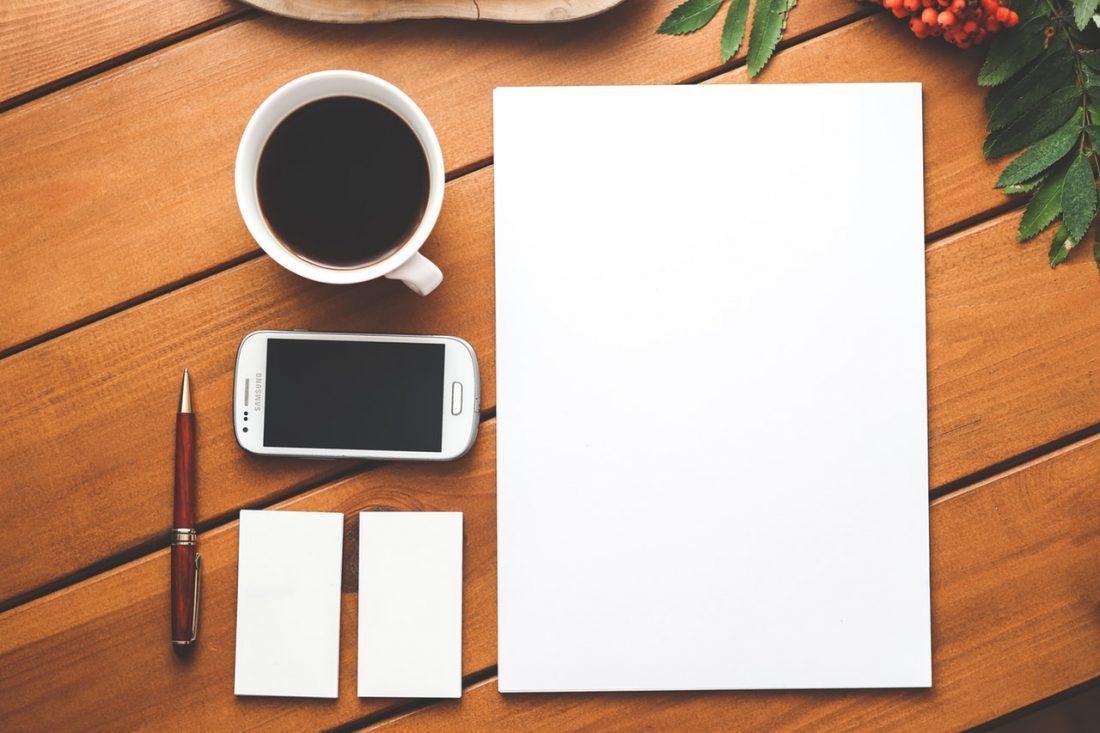 coffee-smartphone-desk-pen (1)